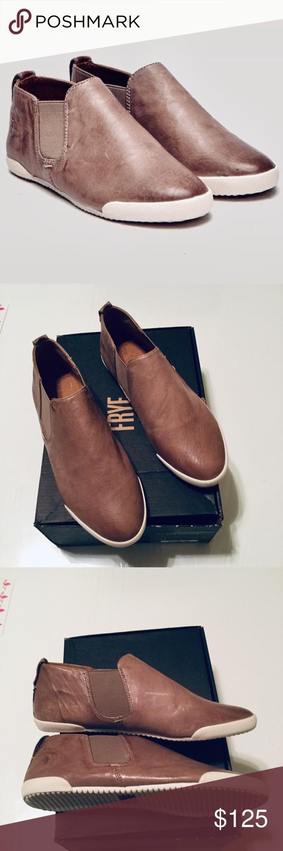 Frye Melanie Chelsea Boot Size 7.5M