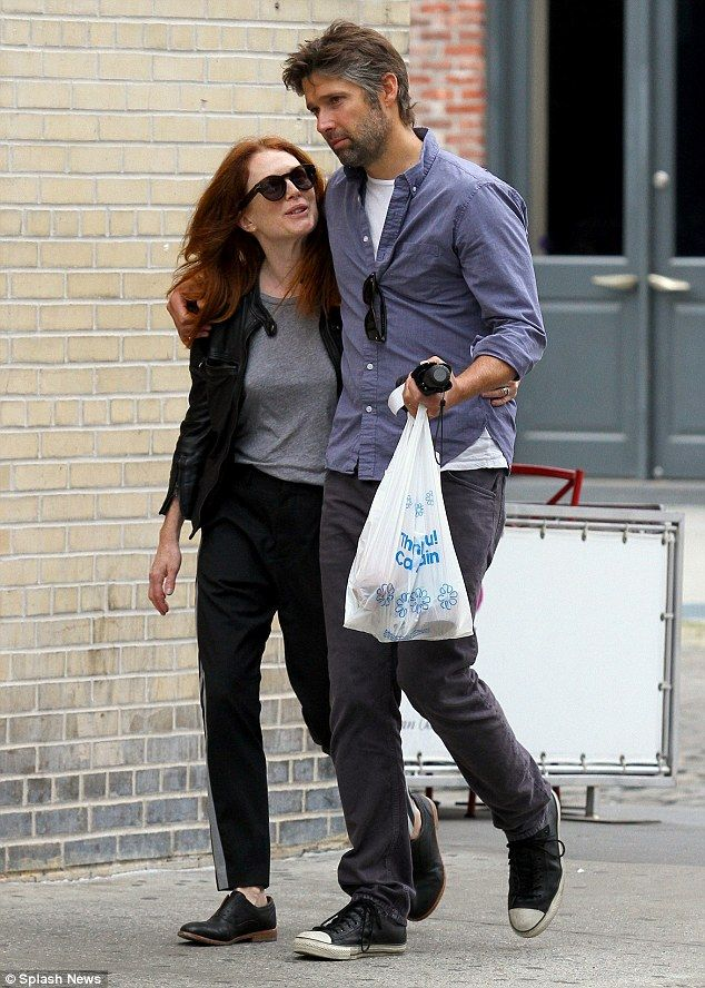 2c9b81776f8 Julianne Moore and her husband Bart Freundlich