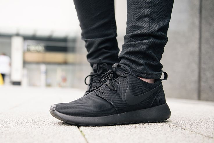 Nike Roshe One - so many fakes online. Checkout the 28 step guide on  spotting fakes from goVerify.it 4616cefb8d