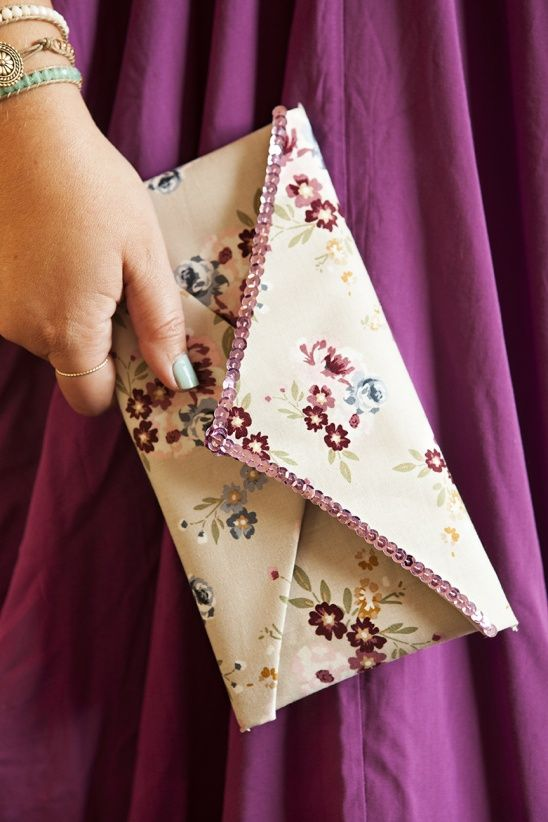 Super Easy No Sew Clutch Project With Full Tutorial Elizabeth By Jen Carreiro