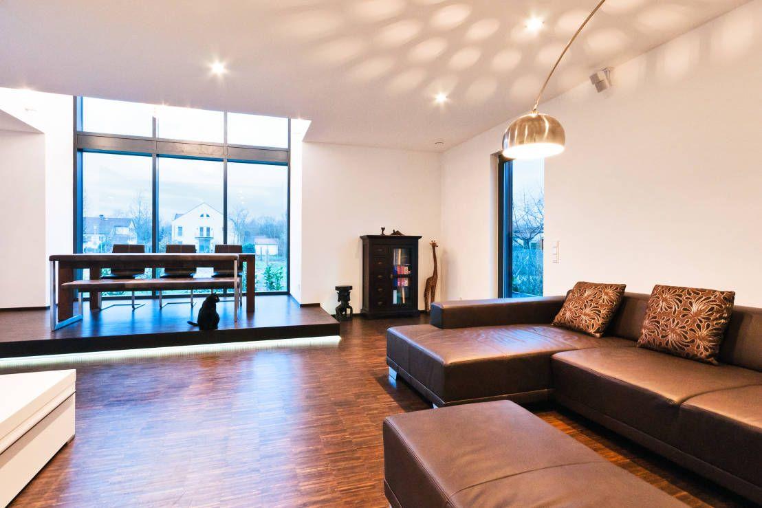 Rotes Haus   Moderne esszimmer, Esszimmer und Raum