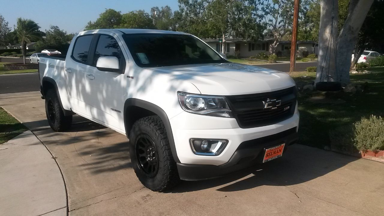 Brand New Chevy Colorado Z71 4x4 Duramax Diesel With 265 70 R17
