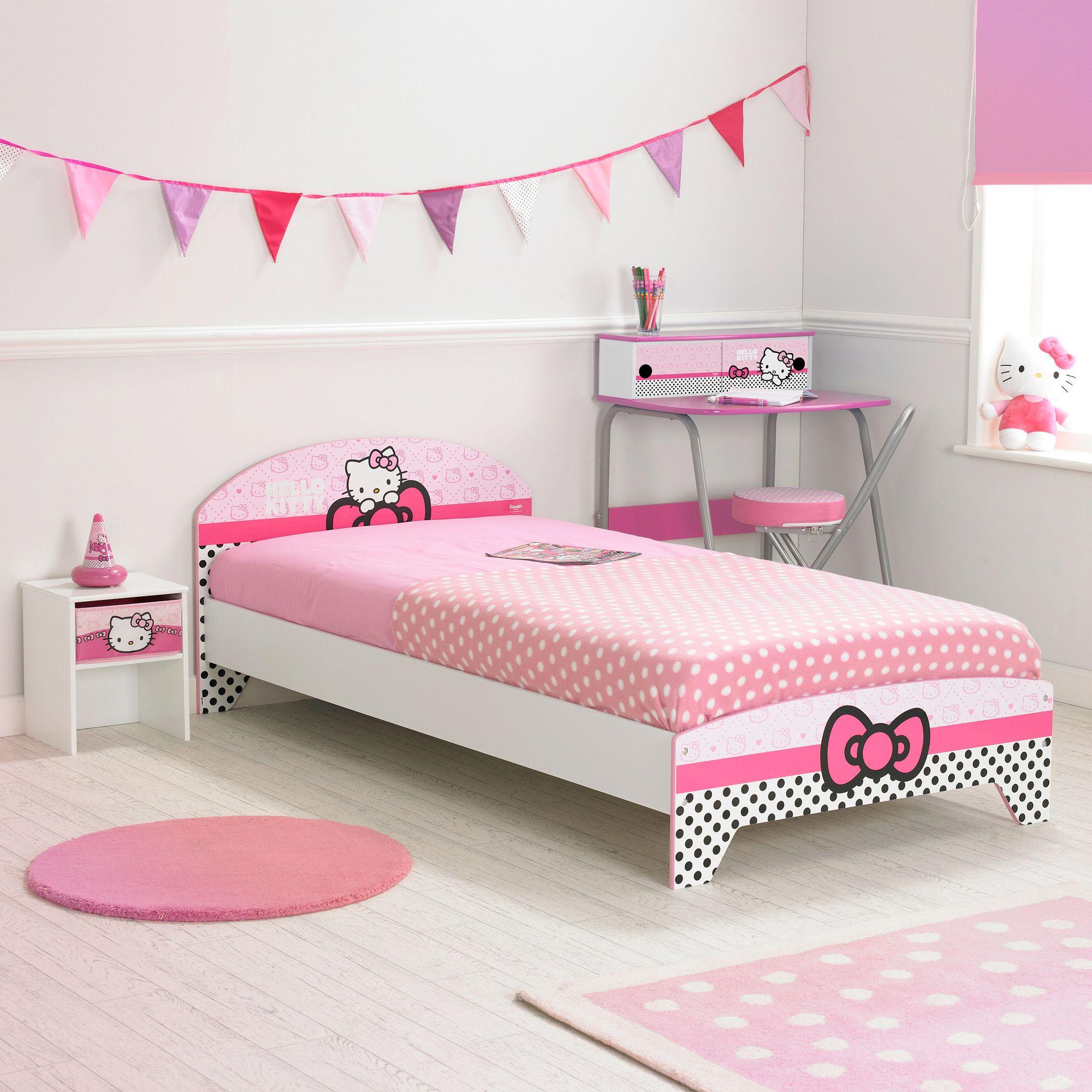 la maison de valerie lit 90 x 190 cm hello kitty prix 125 99 euros la maison de valerie. Black Bedroom Furniture Sets. Home Design Ideas