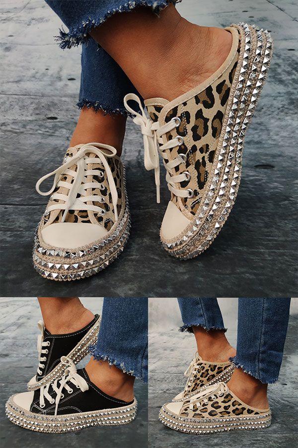 Leinwand Niete Leopard Übergroße Slippers