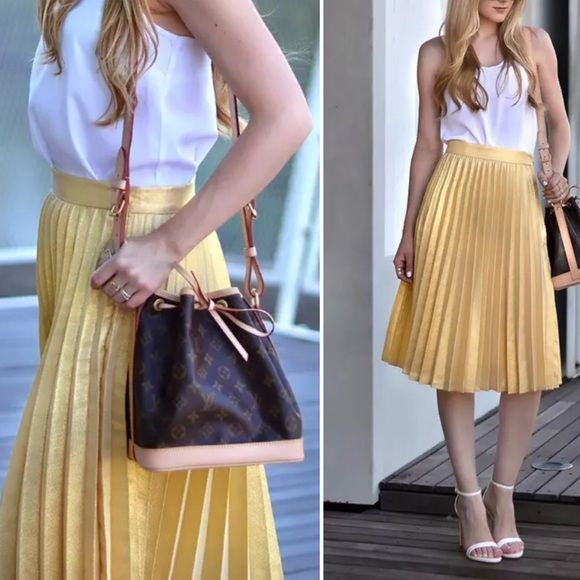 Zara metallic gold pleated skirt | Gold pleated skirt and Zara skirts