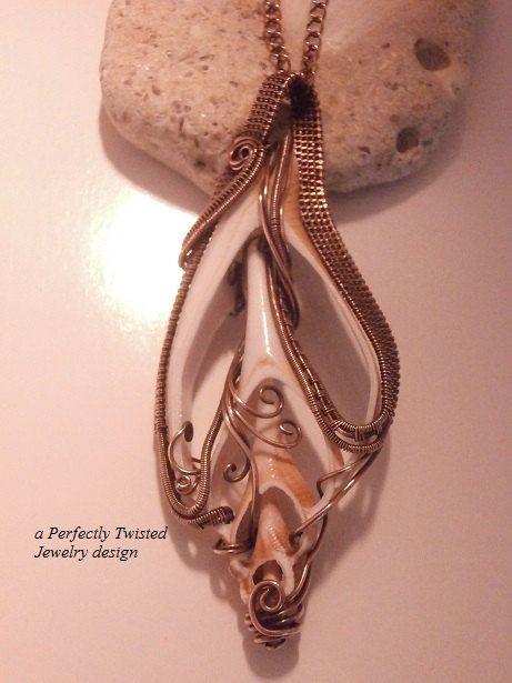 Copper wireweave seashell
