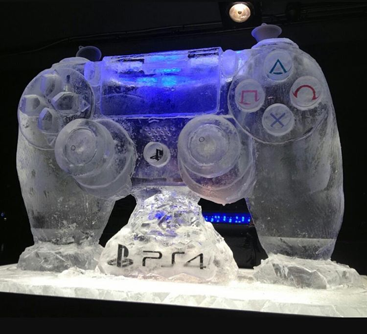 Ps4 controller ice sculpture!! #sony #playstation #psone #psx #psp