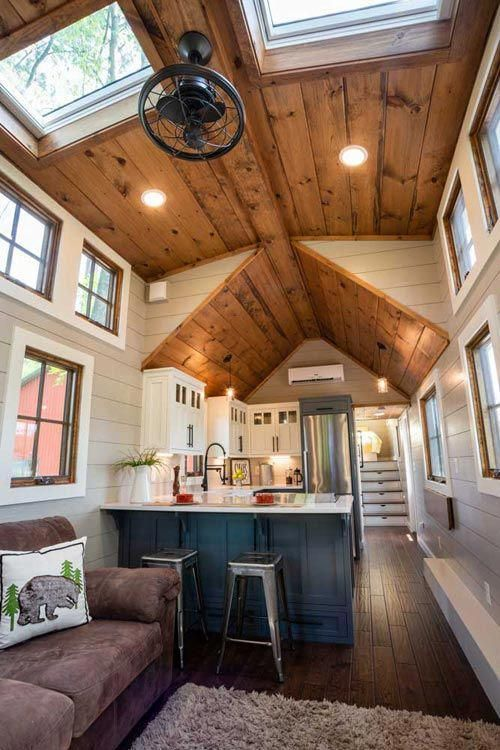 Tiny home interior denali xl by timbercraft homes housedesigns also rh pinterest