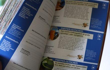 Gutscheinbuch Schlemmerreise von   http://www.gutscheinbuch.de/  Meinen Bericht dazu findet ihr hier:  http://www.tarisa.de/produktvorstellung-gutscheinbuch-von-gutscheinbuch-de/