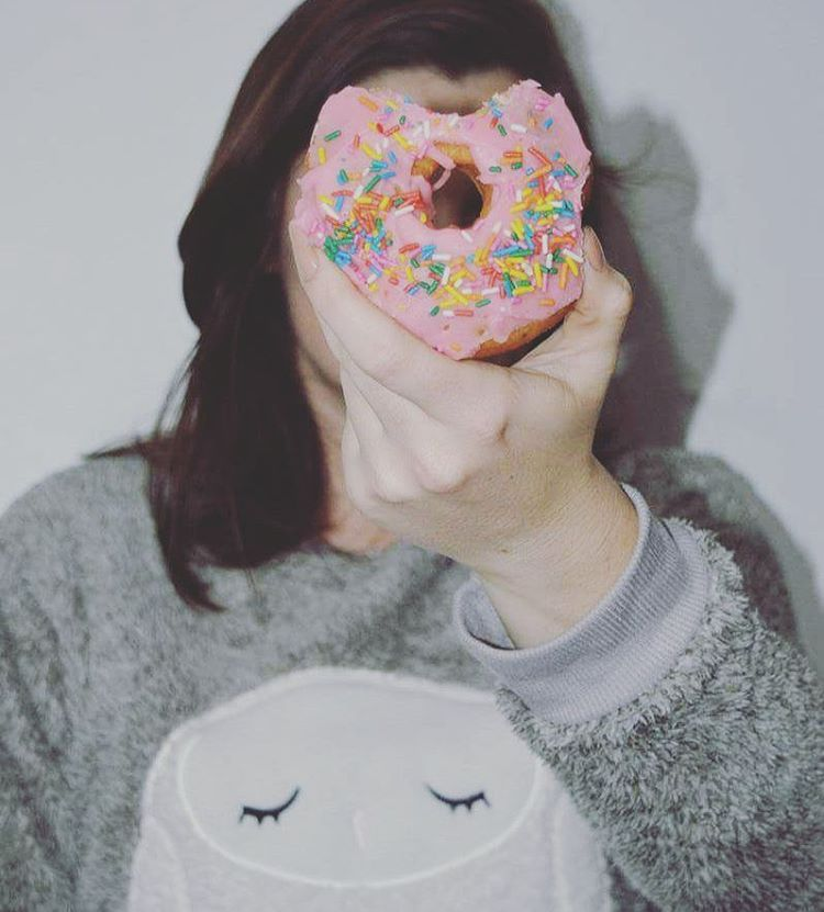 🍩☕ #inverno #doces #donuts #frio #prazeresdeinverno #amodoce