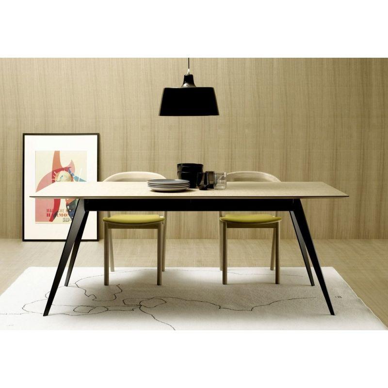 Table Aise Plateau Rectangulaire Pieds Métal TREKU Repas - Table pied metal plateau chene pour idees de deco de cuisine