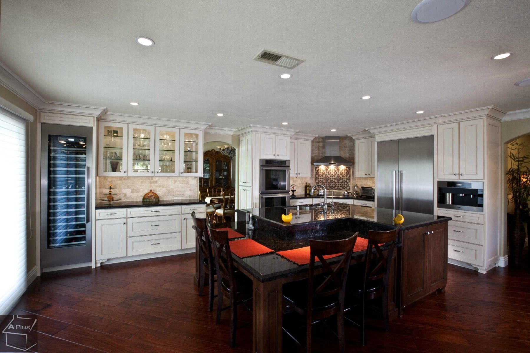 Best Laguna Niguel Kitchen Remodel With Custom Cabinets 400 x 300
