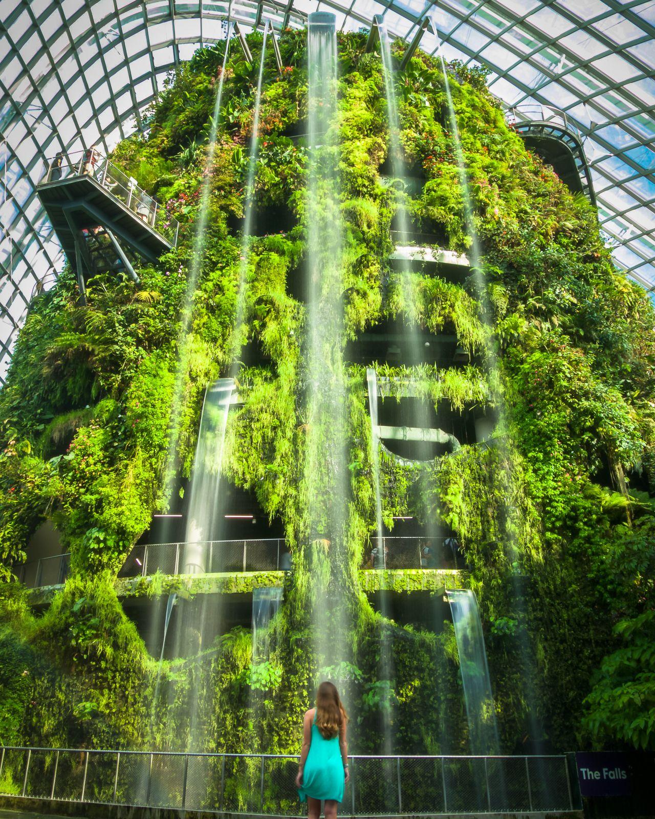 fa76d059e94d1445e9e03d218095d18c - Gardens By The Bay Cloud Forest Dome