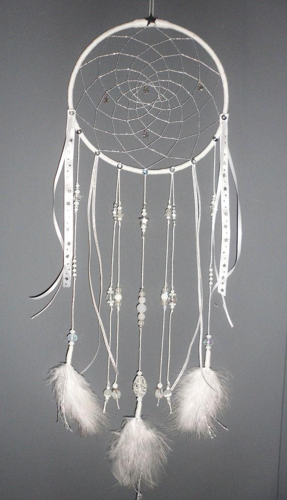 reserve pour laure attrape r ves blanc dreamcatcher bijou d 39 int rieur plumes perles et. Black Bedroom Furniture Sets. Home Design Ideas