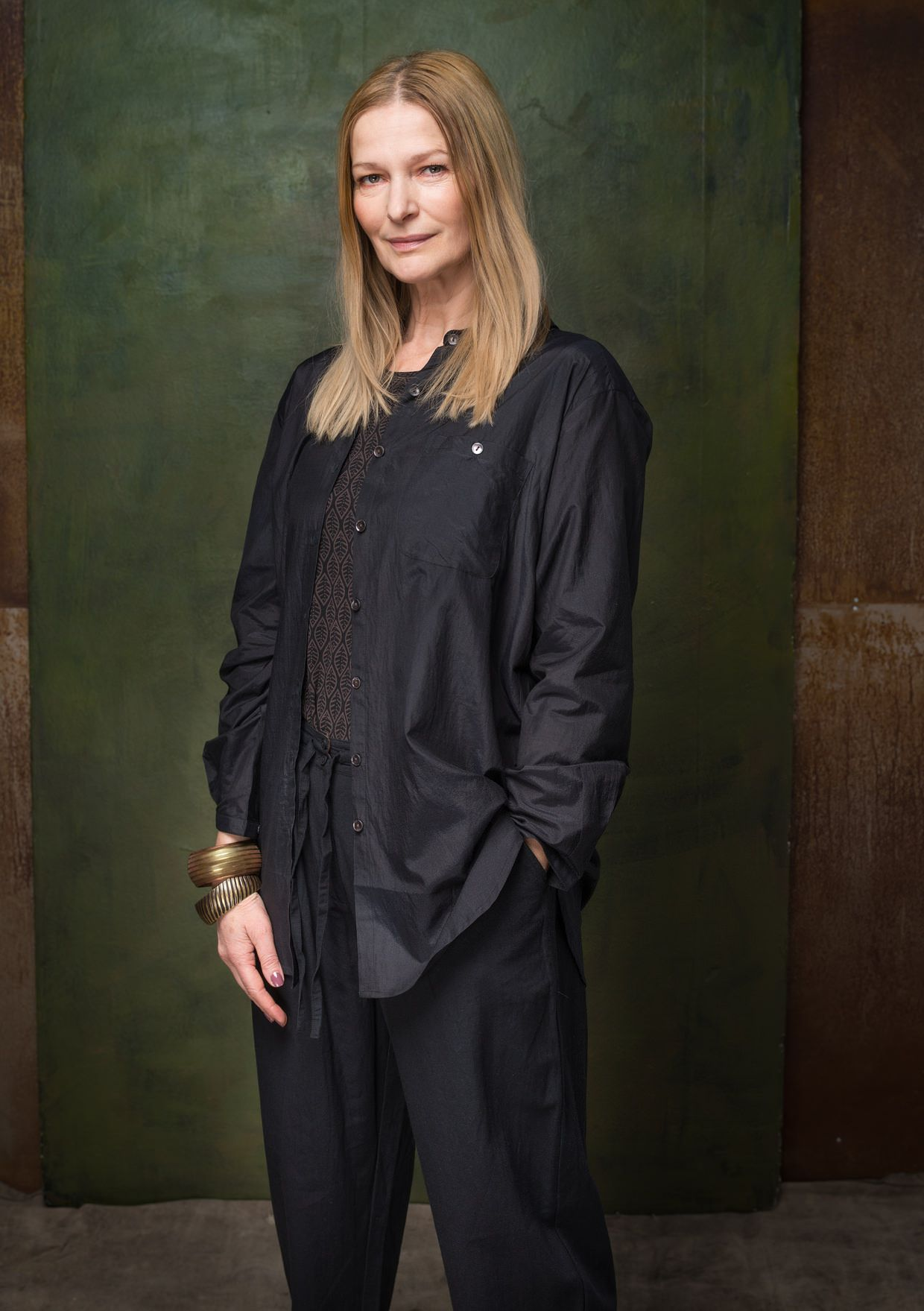 Solid-colour cotton/silk shirt – Shirts – GUDRUN SJÖDÉN – Webshop, mail order and boutiques | Colourful clothes and home textiles in natural materials.