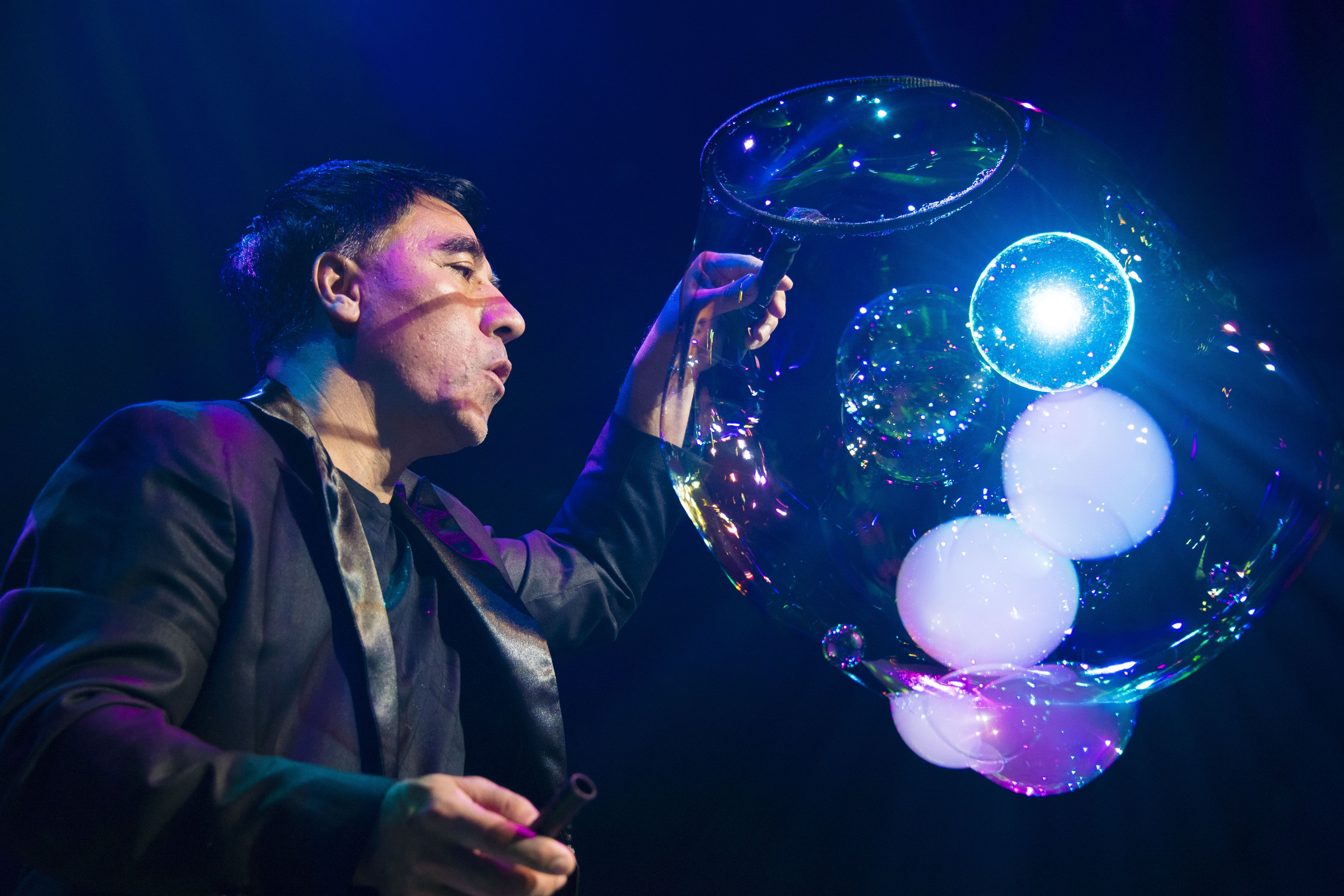 Pop bubble show at SeaWorld Orlando