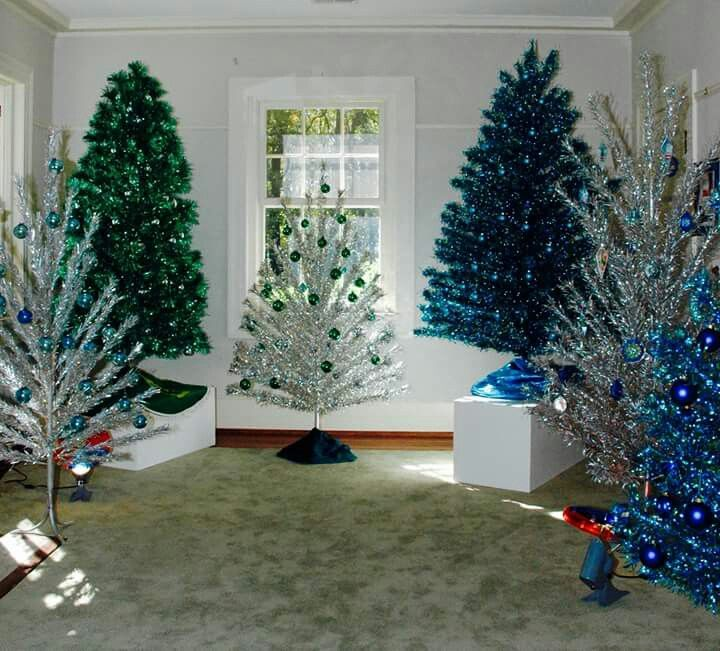 So many glorious #vintage #christmas trees! Would be hard to pick a favorite.