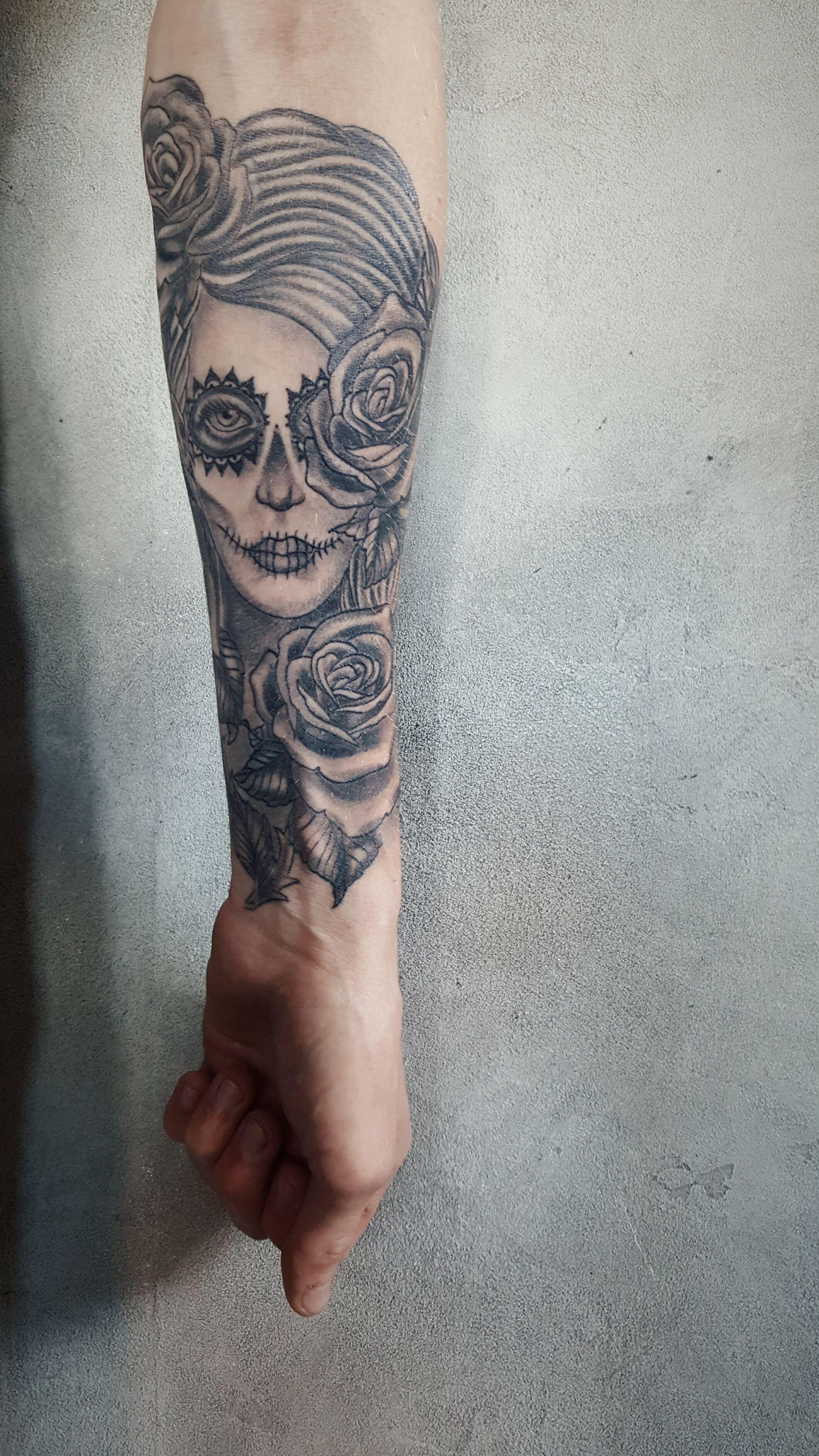 Tatouage Santa Muerte Catrina Tattoo Avant Bras Homme Tatouage