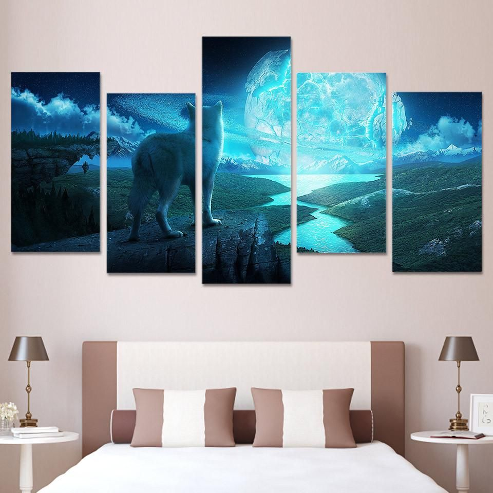 Howling wolf on mountain piece wall art wolf mountains and
