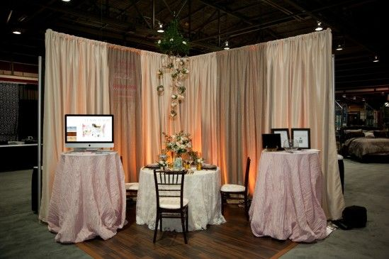 rustic head table backdrop | The fabric looks like an elegant ...