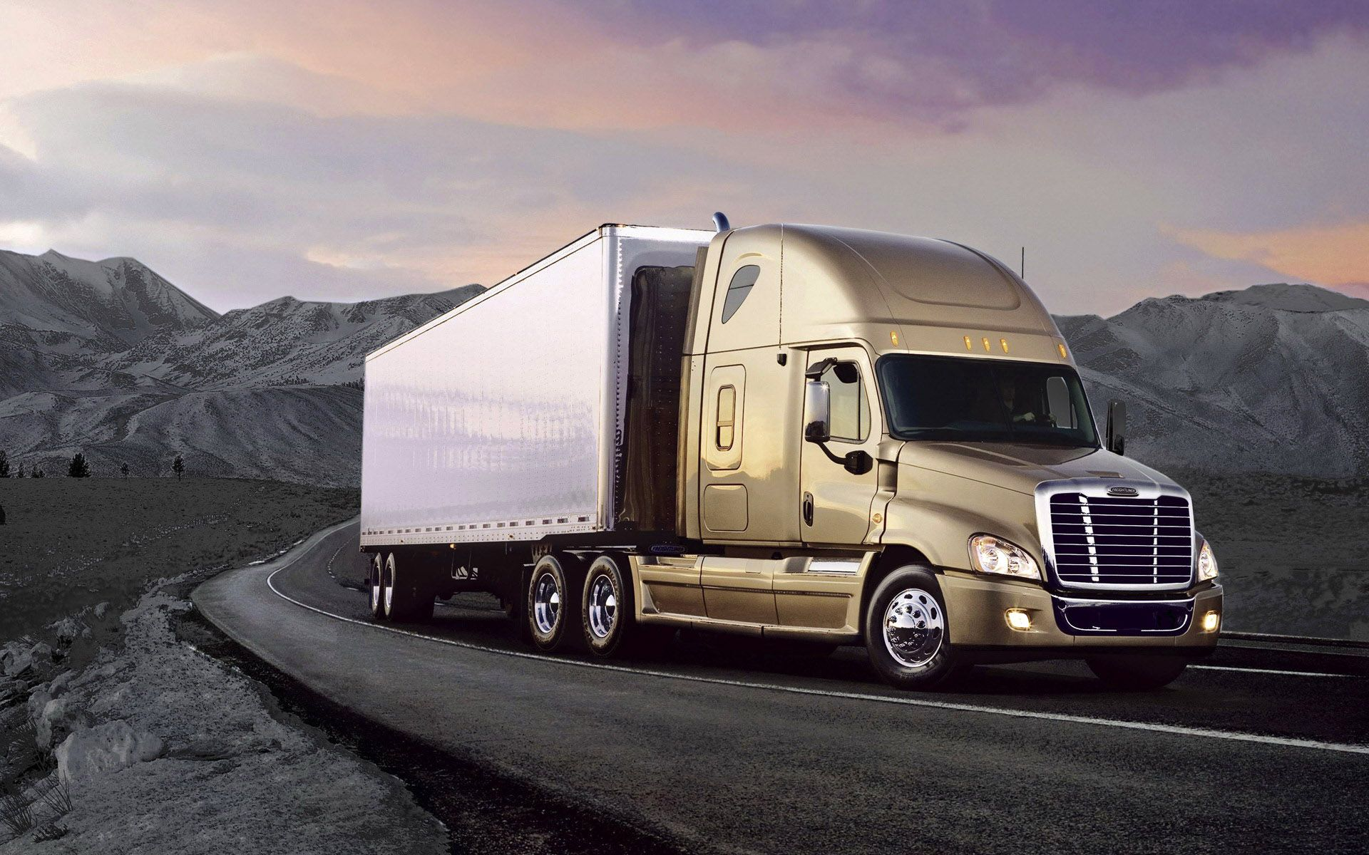 Freightliner Cascadia Truck HD Wallpapers