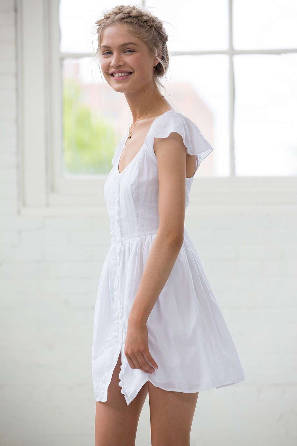 a8a42964e7d0 Band Of Gypsies Flutter-Sleeve Button-Down Dress - Urban Outfitters ...