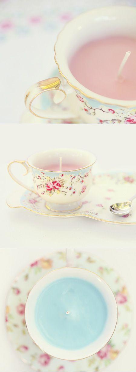 Tea Candle (derretir velas al baño María, atar cordon algodón a un botón metálico para que pese, sujetar extremo superior a palilos japoneses y rellenar)