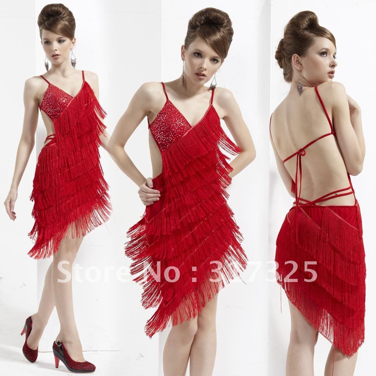 Pin von Sarah Leigh auf Drama Queens, Dresses & Runway | Pinterest