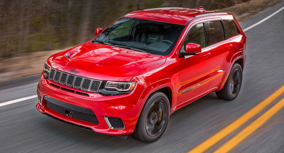 2018 Jeep Grand Cherokee Trackhawk Is A 707 Hp All Wheel Drive Brute Carscoops Jeep Grand Cherokee Srt Jeep Grand Cherokee Jeep Grand