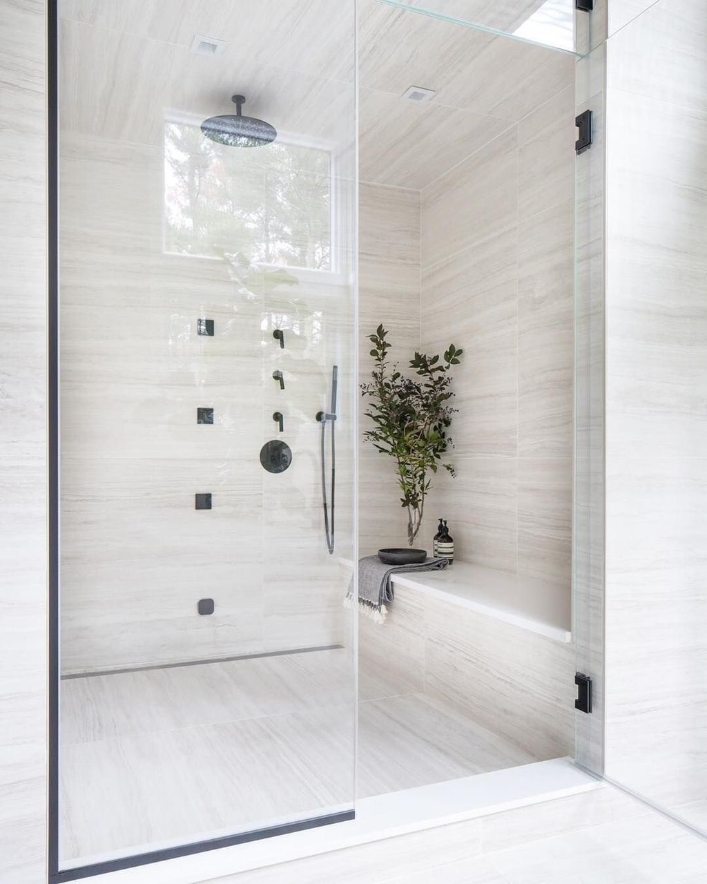 50 Awesome Winter Bathroom Decor You Need to Have - SWEETYHOMEE #style #shopping #styles #outfit #pretty #girl #girls #beauty #beautiful #me #cute #stylish #photooftheday #swag #dress #shoes #diy #design #fashion #homedecor