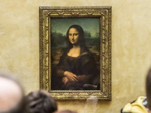 Mona Lisa has often been scrutinized by medical experts, and she turns out to be a fascinating patie... - Photo: S-F/ShutterStock