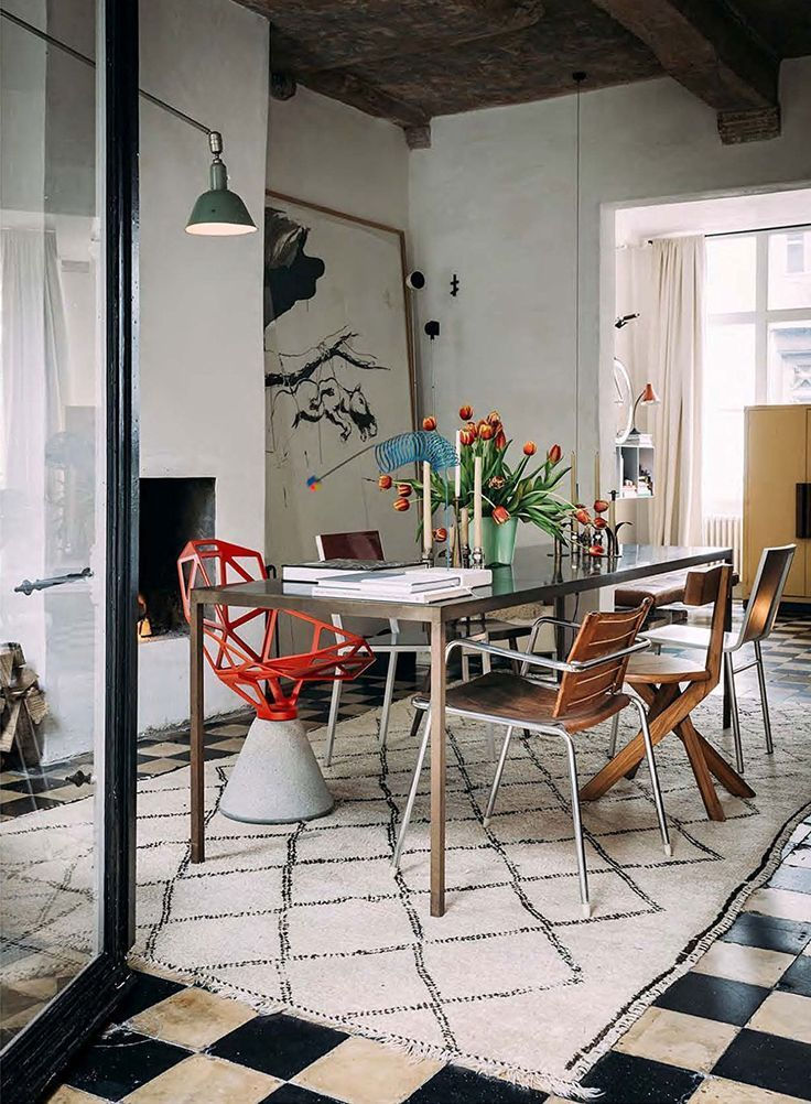 good reads: The Alchemy of Things - #Alchemy #appartement #Good #reads #diningroom