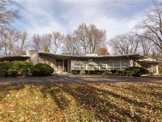 The House That Time Forgot: Four Bedroom 1950s Midcentury Modern Property  In Indianapolis, Indiana, USA