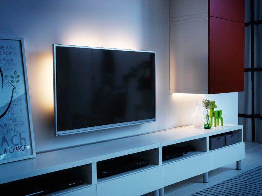 TV z listwami oświetleniowymi LED z tyłu | oświetlenie ikea ...