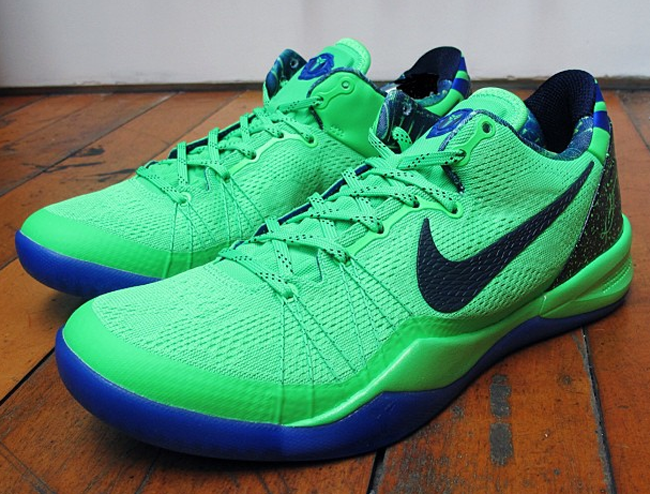 sneakers for cheap 87a01 dadd3 Releasing  Nike Kobe 8 System Elite Superhero