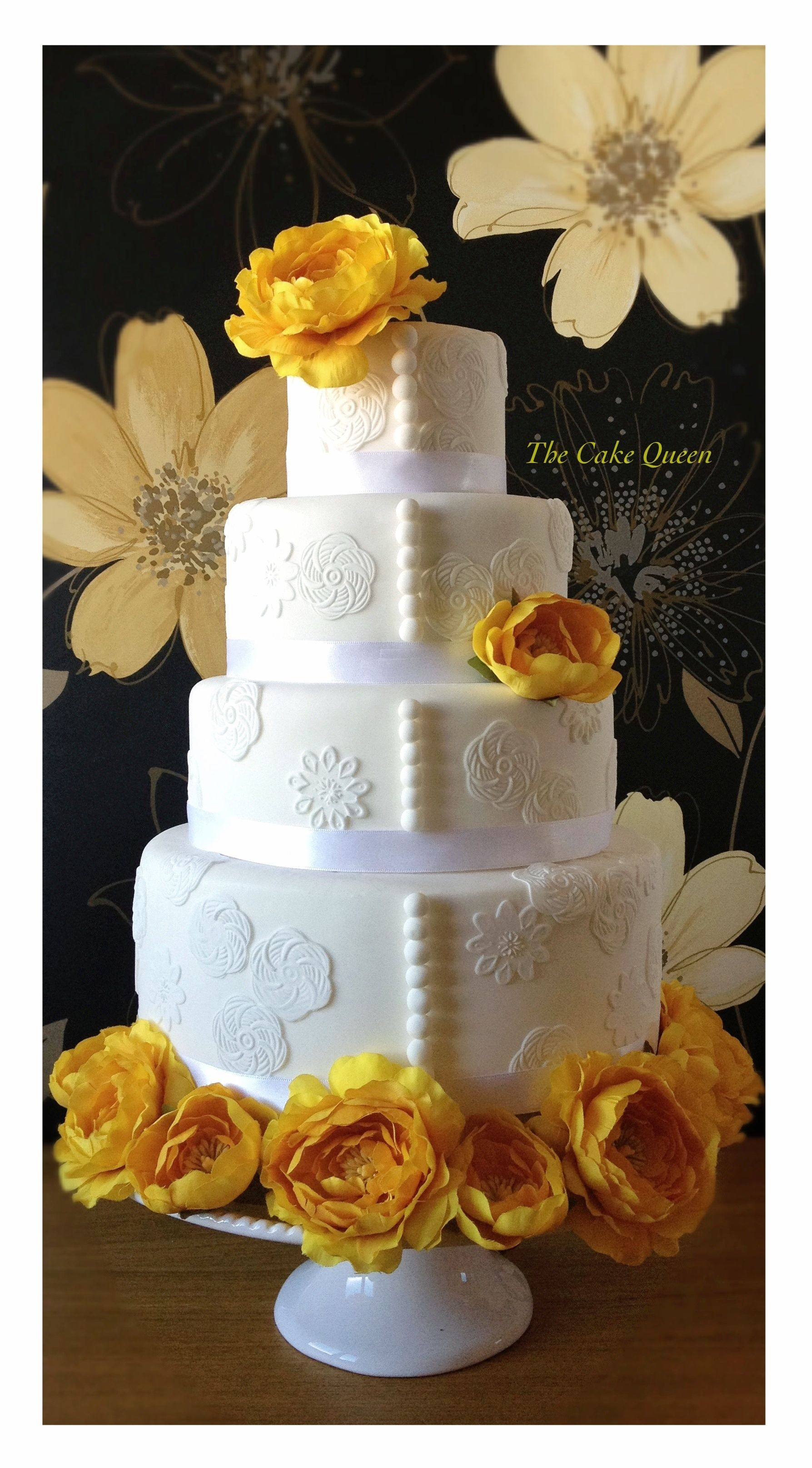 Wedding Cake With Yellow Flowers Other That I Love Pinterest