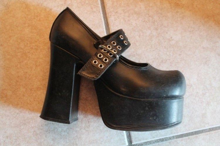 Chaussures Talons Gothique | Chaussures talons, Bottines