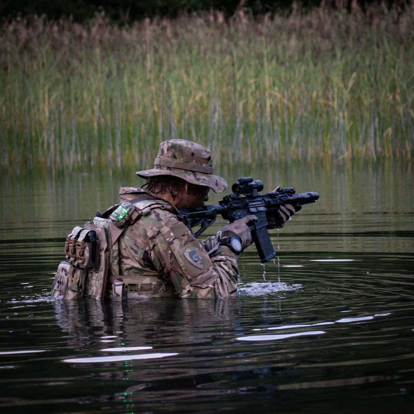 Lpc Carrier And Assaulters Back Panel In 2020 Military Special Forces Military Guns Warrior