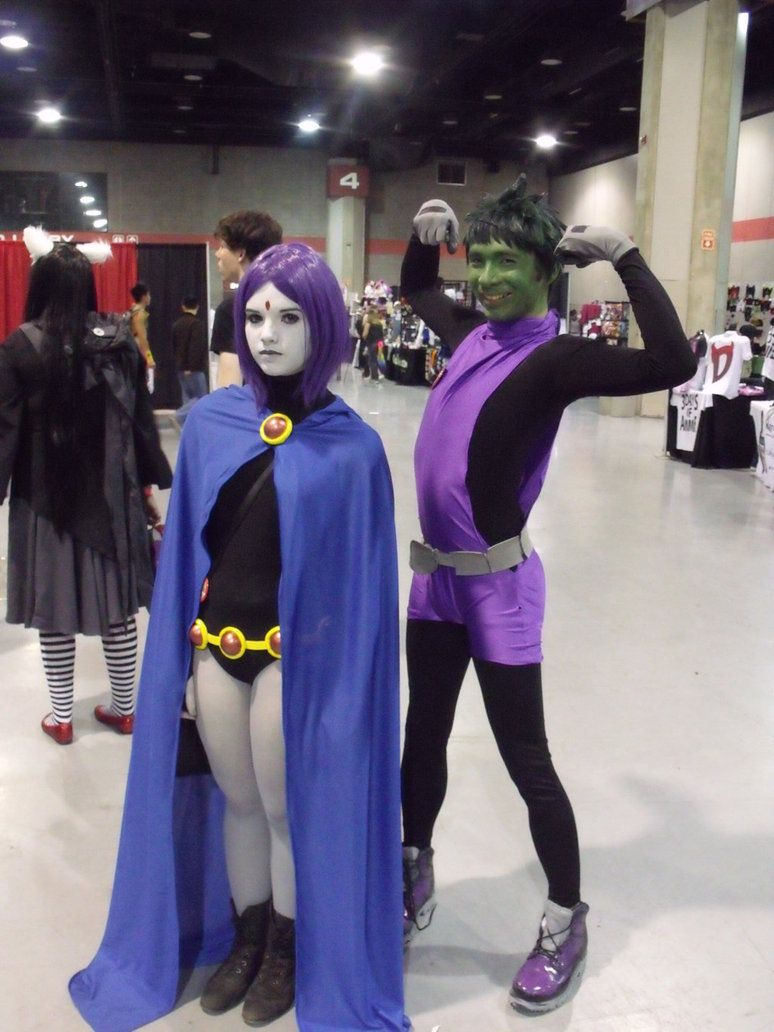 Raven And Silly Beast Boy Costumes Hair Makeup Teen Titans Cosplay Raven Cosplay Beast Boy