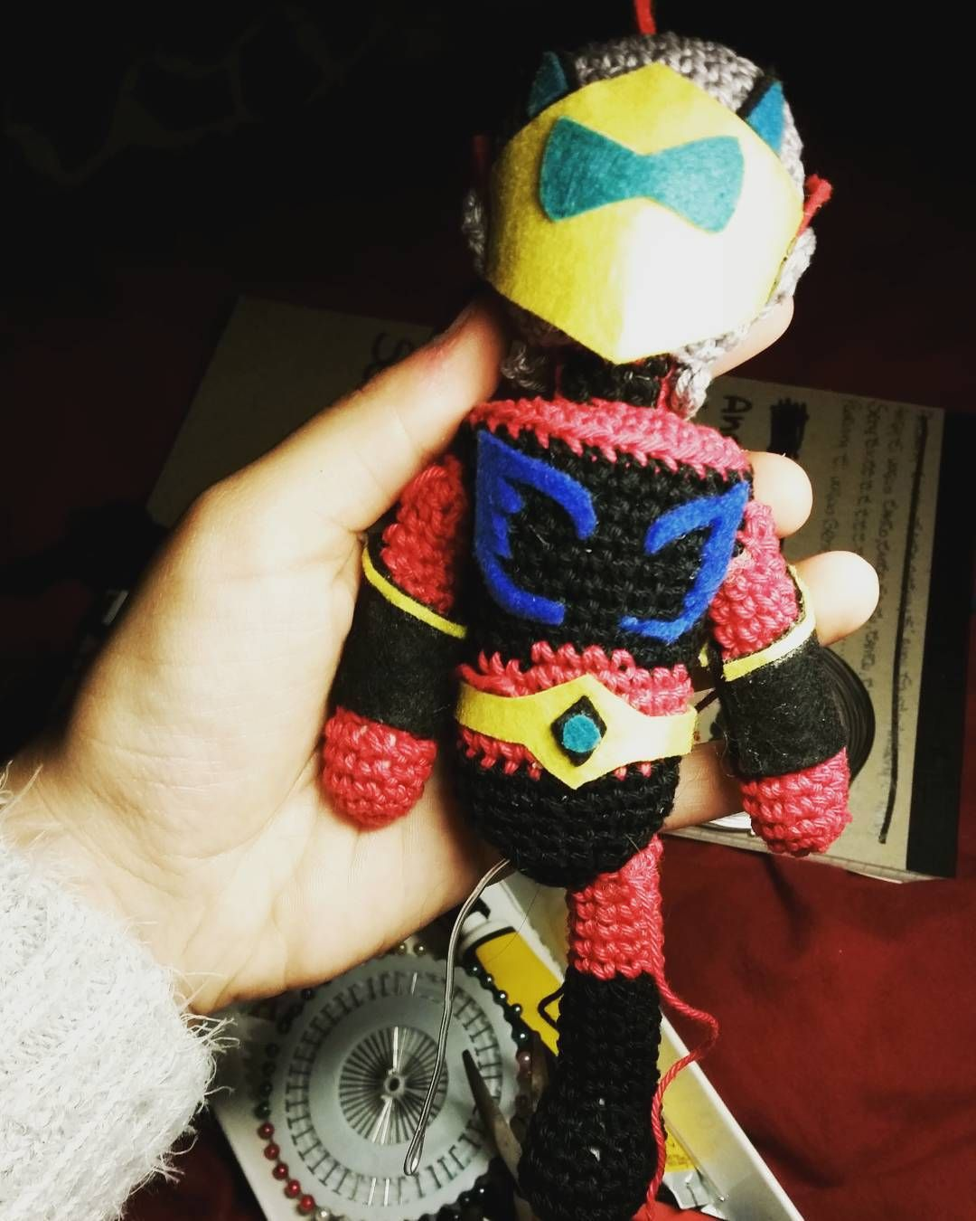 Il mio culo è  diventato quadrato ma ne vale la pena.. manca poco #amigurumi #actarus #goldrake #cartoons #cartoon #crochet  #wip #work #in #progress #presto #a #casa #briatore by nika_crochet