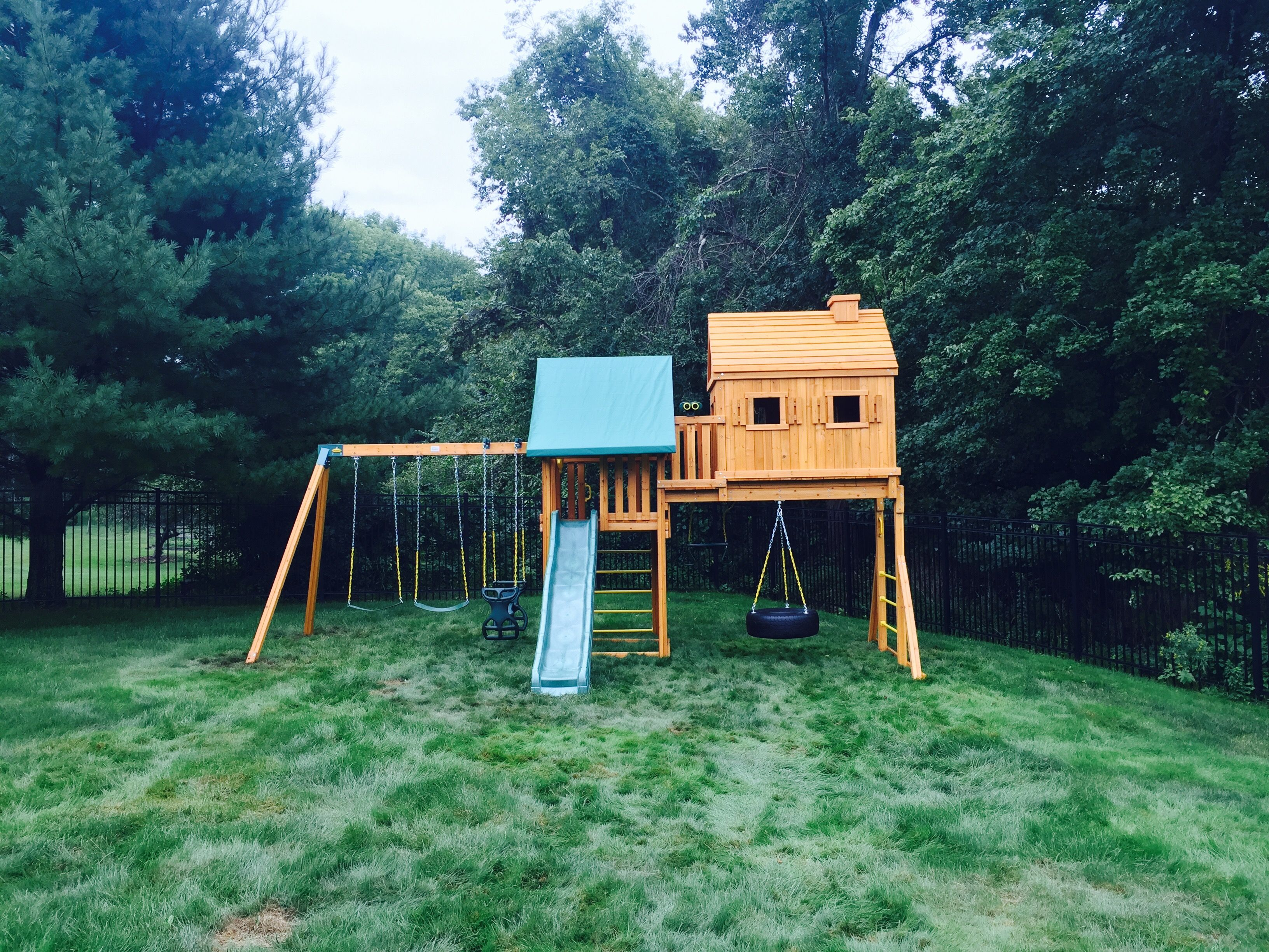 here u0027s the fantasy tree house swing set from eastern jungle gym