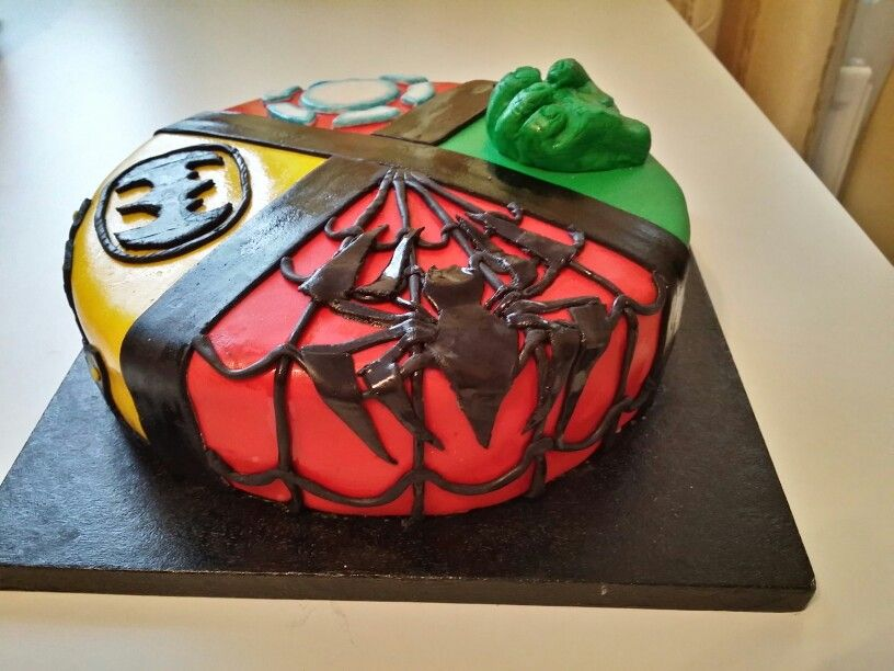 SPIDER MAN PART... Supee Heroes birthday cake. Iron man, Hulk, Batman, Spider man. I spent 2 days with decoration make super that is looking good. (hopefully). Just a basic vanilla sponce with jam and vanilla butter cream.