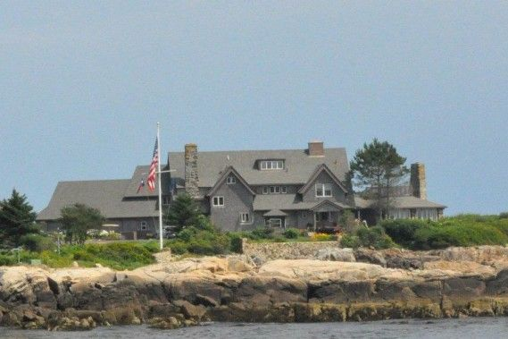 Former President Bush S Compound Kennebunkport Maine By Daedrian Mcnaughton With Images Maine Getaway Kennebunkport Maine Kennebunkport