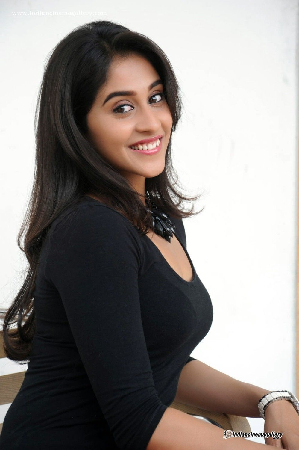 Sexy south indian girls pics