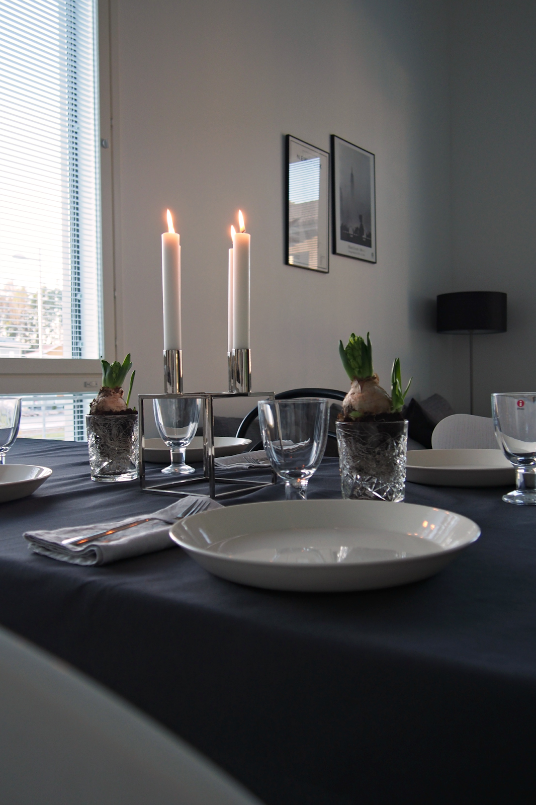 Hannas Home / table setting for Independence Day / Iittala tableware / Ikea cutlery / By Lassen Kubus