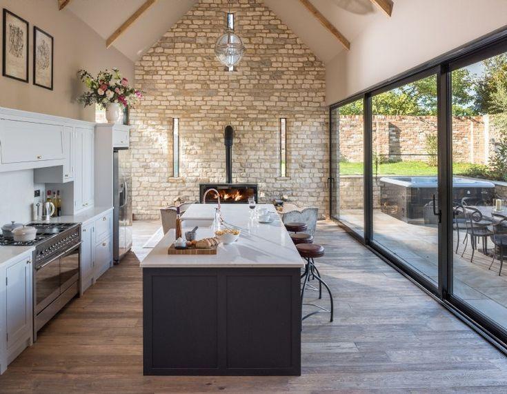 Photo of Luxus Selbstversorger Cheltenham   – Small house