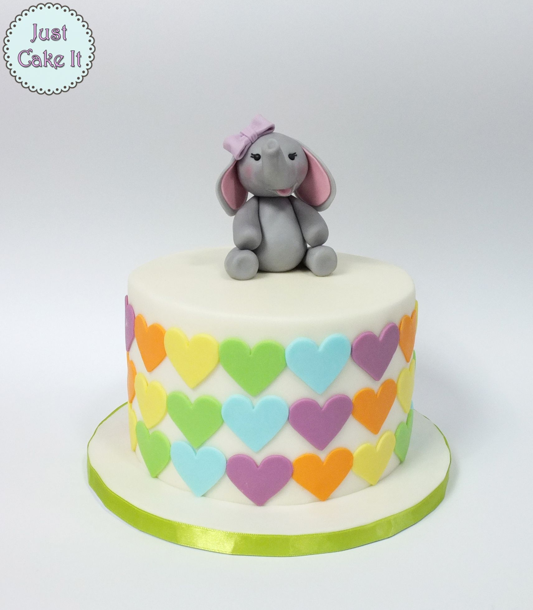 2019 year style- 28 elephant images birthday cake