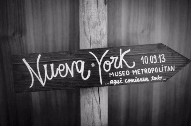 No nos cansamos de dar las gracias, por la confianza, a todos nuestros #Lovers y es que ¡sois todos muuuu bonitos!.  +info: hola@lovebodasyeventos.com  Ali LOVE #love #amor #carteleria #wood #madera #wedding #weddingplanner #weddingplannercadiz #Cádiz #boda #bodasbonitas #bodasunicas #deco #decor #nuevayork #newyork #blog #blogger #travel #travelling #Madrid #happy #feliz #handmade #instagood #inspiration #chocolate #candybar