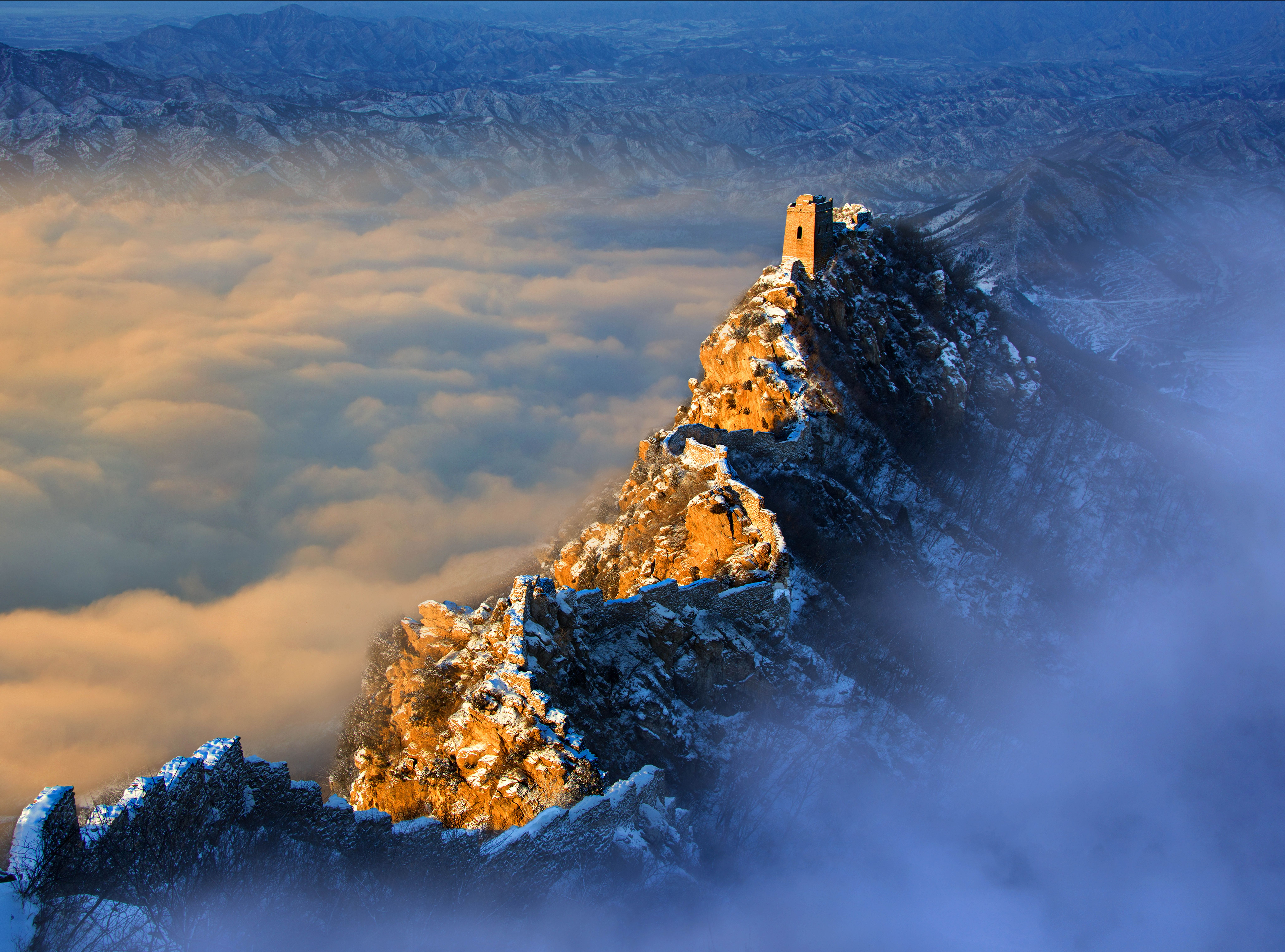 winning shots from siena international photography awards on great wall of china huanghuacheng id=29145