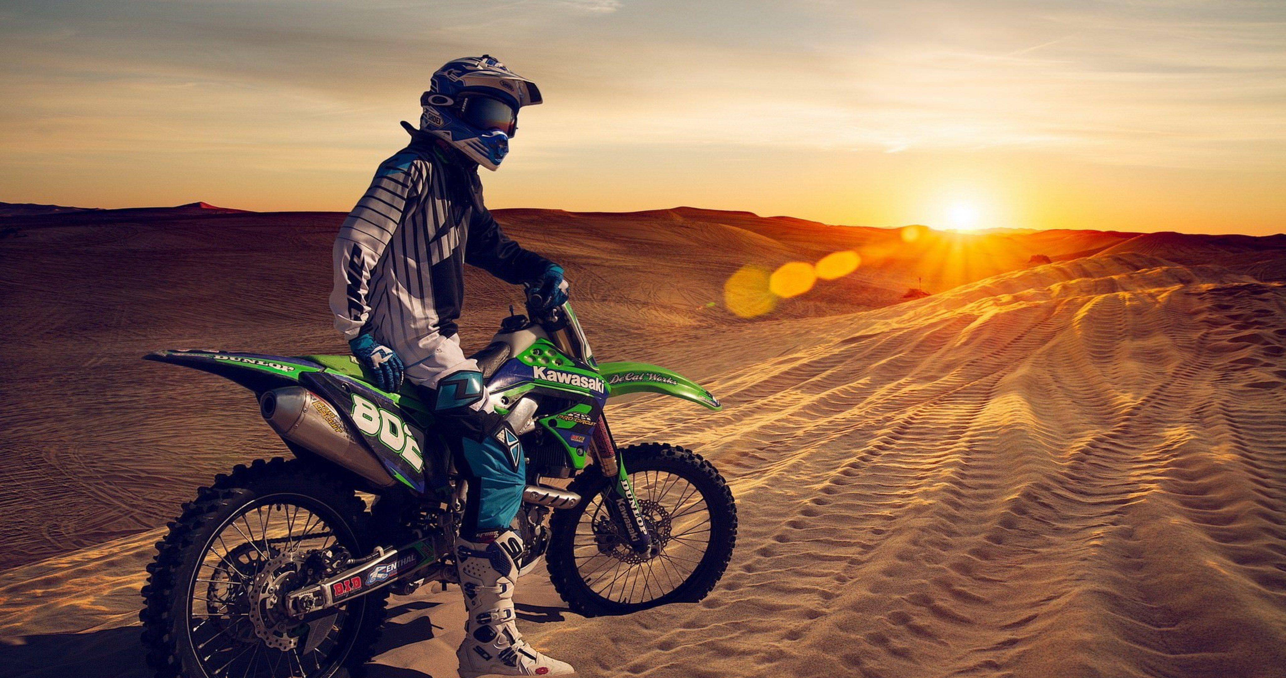 Motorcycle In Sand 4k Ultra Hd Wallpaper Enduro Motocross